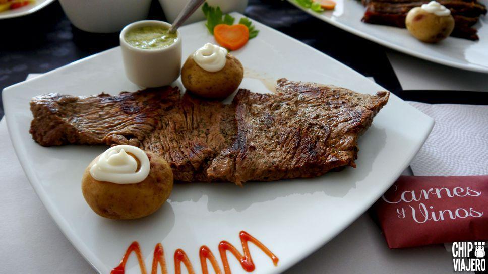 Carnes y Vinos El Restaurante Chip Viajero (14)