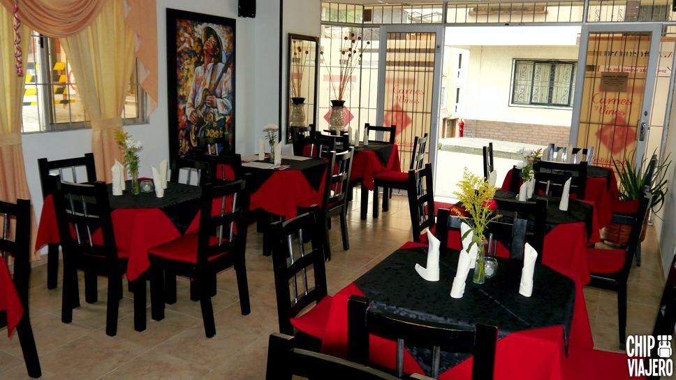 Carnes y Vinos El Restaurante Chip Viajero (6)