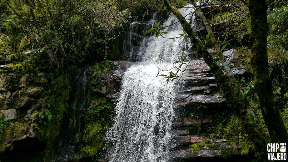 Cascadas La Honda Y Laguna Colorada Gachantivá